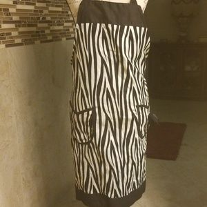 Gourmet Club B&W apron with pockets